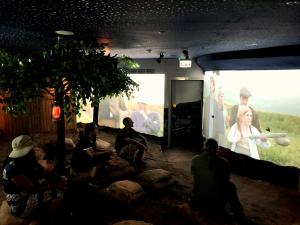 סרט חומה ומגדל, צילום: שיר אוחנה